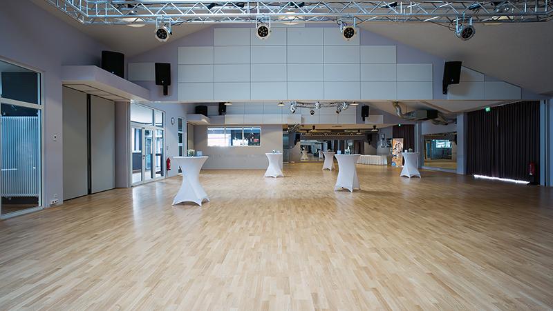 Großer Saal der Tanzschule in Bremerhaven