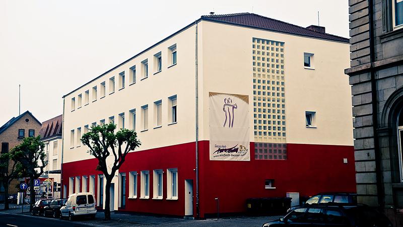 Straßenansicht der Tanzschule in Frankenthal